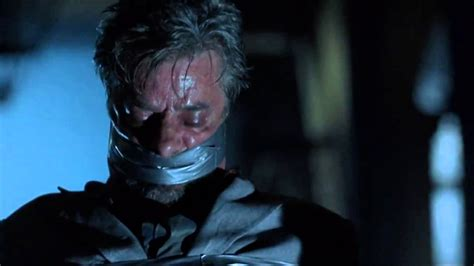 Hannibal 2001 Bowels in or bowels out