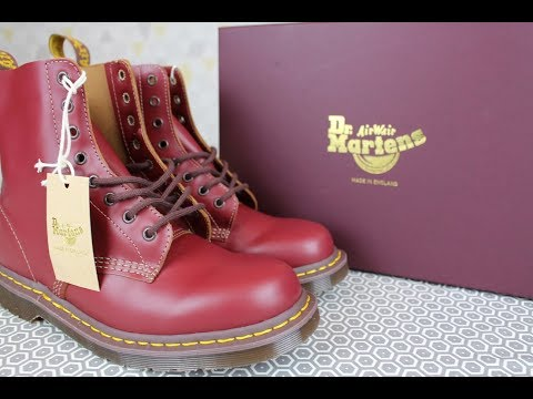 Dr Martens 1460 Pascal RIPPLE 8 Eye Boots-Rust Brown