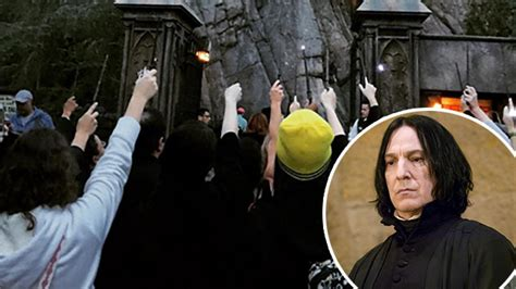 'Harry Potter' Fans Mourn the Loss of Alan Rickman With