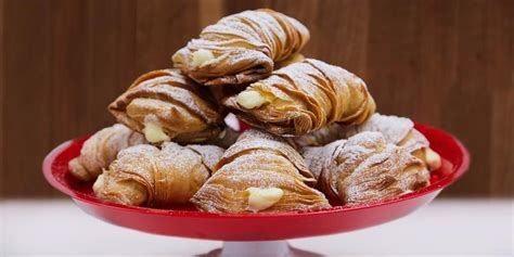 How To Make Cake Boss's Lobster Tail Pastry Using A